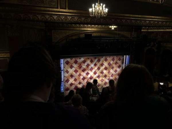 Brooks Atkinson Theatre, Abschnitt: Left Mezzanine, Reihe: L, Platz: 5