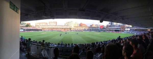 Lord's Cricket Ground , Abschnitt: Grand Stand Lower Tier Block 12, Reihe: 17, Platz: 90