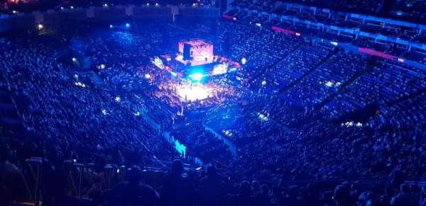 The O2 Arena, Abschnitt: 408, Reihe: U, Platz: 429