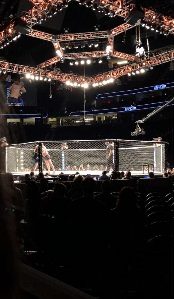 T-Mobile Arena, Abschnitt: 7, Reihe: 2, Platz: 1