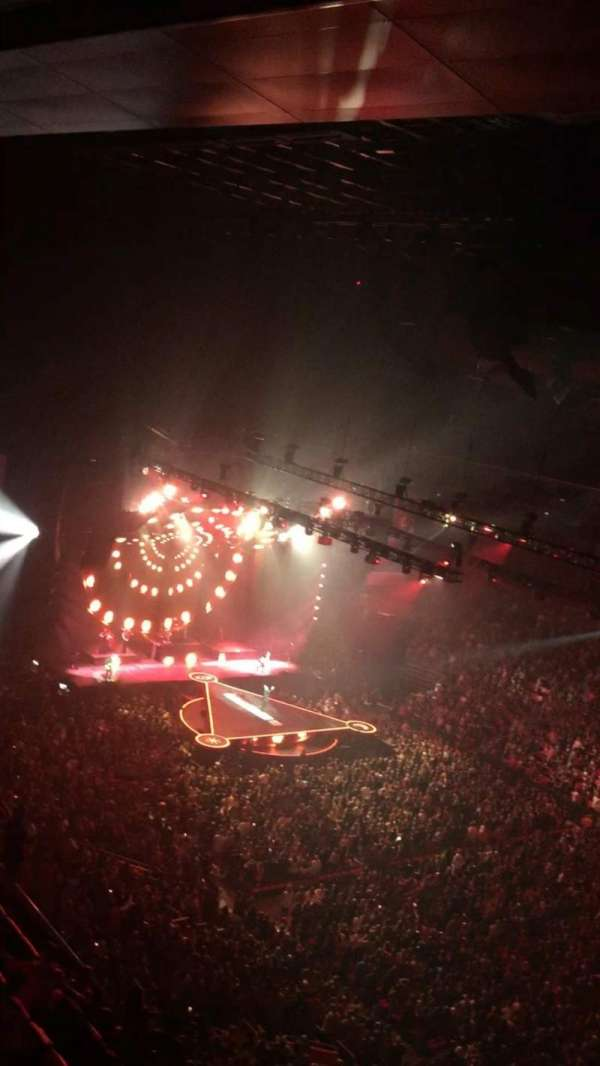 Little Caesars Arena, Abschnitt: 224, Reihe: 2, Platz: 8