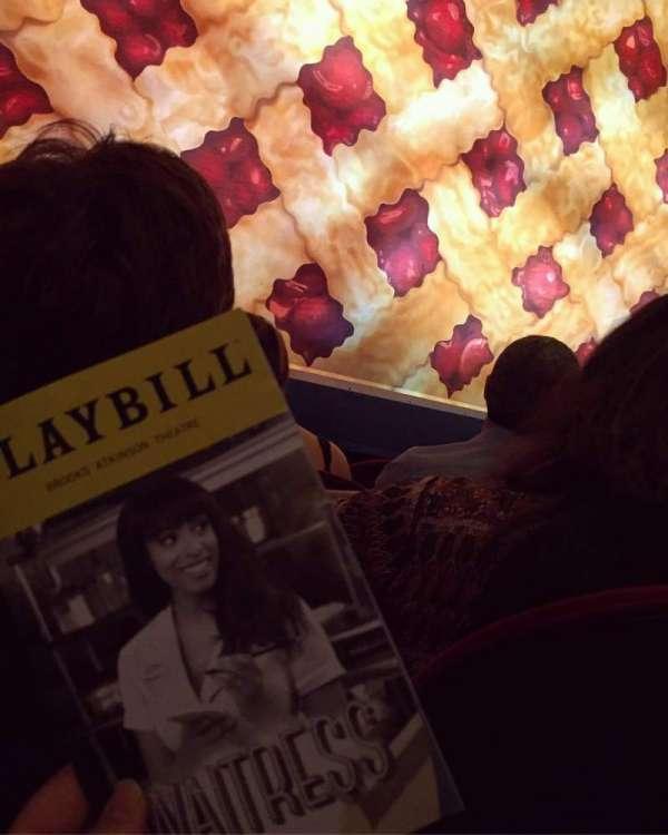 Brooks Atkinson Theatre, Abschnitt: ORCH, Reihe: B, Platz: 102