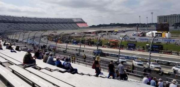 Dover International Speedway, Abschnitt: 104, Reihe: 25, Platz: 18
