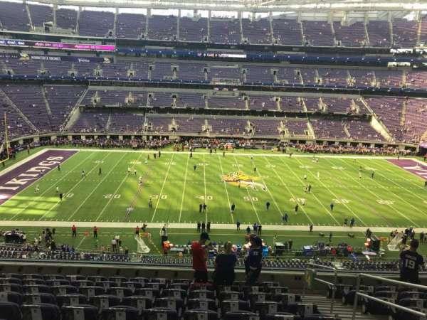 U.S. Bank Stadium, Abschnitt: 204, Reihe: 10, Platz: 1