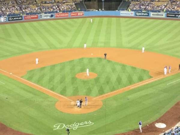 Dodger Stadium, Abschnitt: 2RS, Reihe: P, Platz: 4