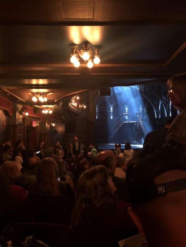 Lyric Theatre, Abschnitt: Orchestra R, Reihe: W, Platz: 31