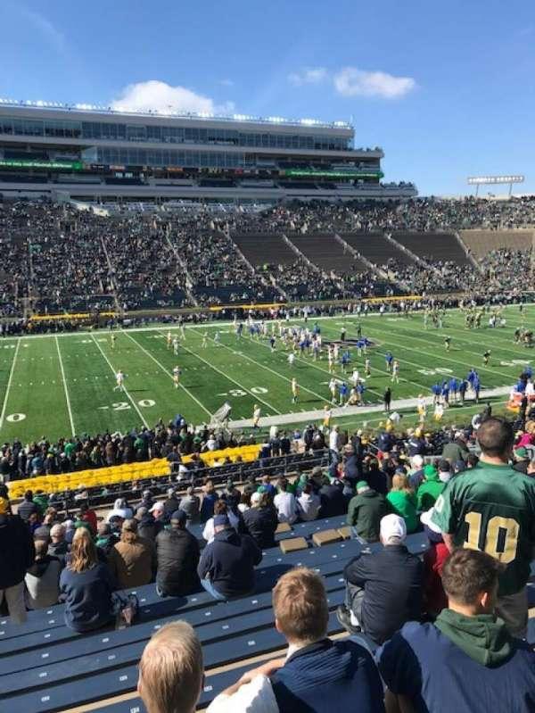 Notre Dame Stadium, Abschnitt: 12, Reihe: 44, Platz: 25