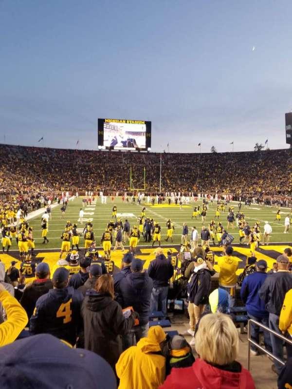 Michigan Stadium, Abschnitt: 35, Reihe: 10, Platz: 7 and 8