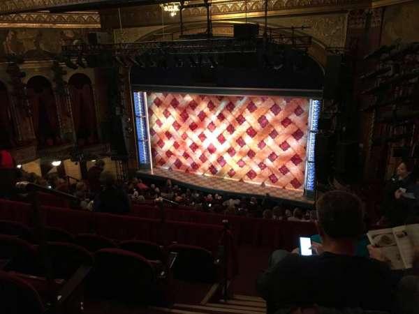 Brooks Atkinson Theatre, Abschnitt: Front Mezzanine R, Reihe: J, Platz: 4