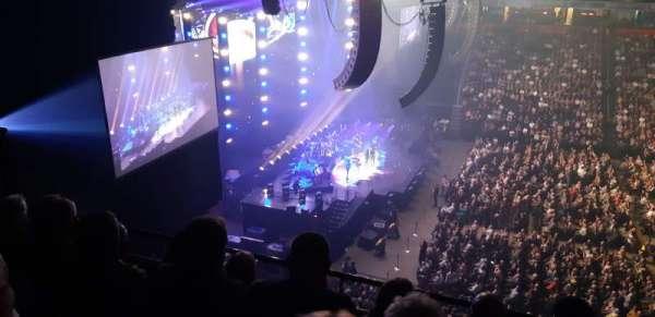 Manchester Arena, Abschnitt: 202, Reihe: D, Platz: 9