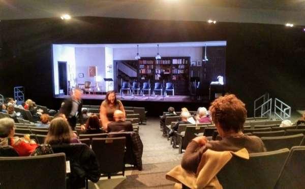 Laura Pels Theatre, Abschnitt: Orch, Reihe: P, Platz: 2