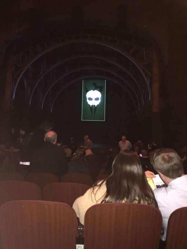 Lyric Theatre, Abschnitt: Orchestra Right, Reihe: O, Platz: 10