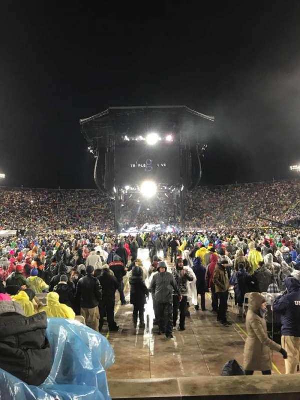 Notre Dame Stadium, Abschnitt: 19, Reihe: 6, Platz: 16-17