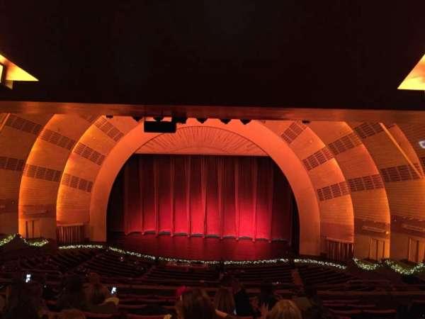 Radio City Music Hall, Abschnitt: 2nd Mezzanine 3, Reihe: J, Platz: 304