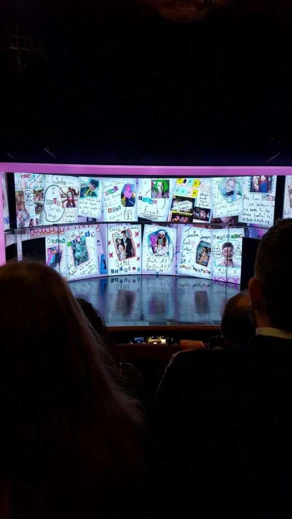 August Wilson Theatre, Abschnitt: MezzC, Reihe: C, Platz: 111
