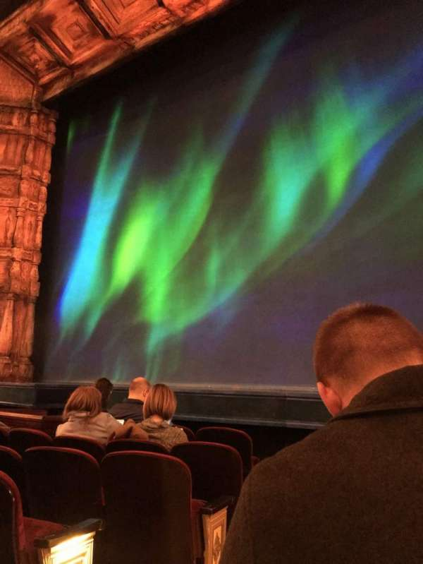 St. James Theatre, Abschnitt: Orchestre, Reihe: E, Platz: 2
