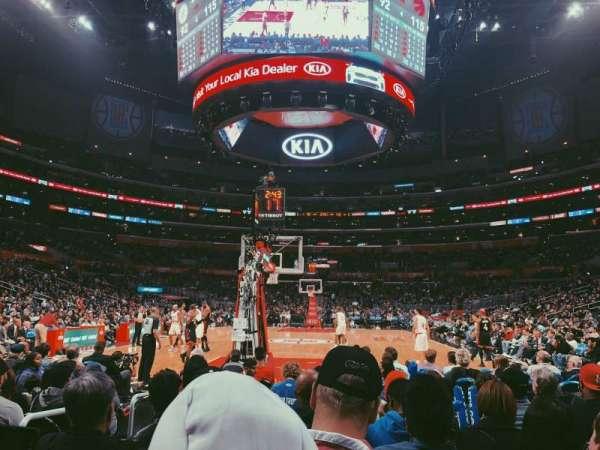Staples Center, Abschnitt: 115, Reihe: J, Platz: 9
