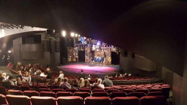 Broadway Playhouse, Abschnitt: Right, Reihe: Q, Platz: 7