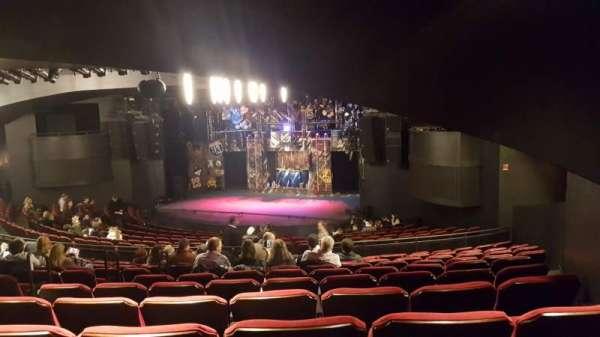 Broadway playhouse, Abschnitt: Right, Reihe: Q, Platz: 6