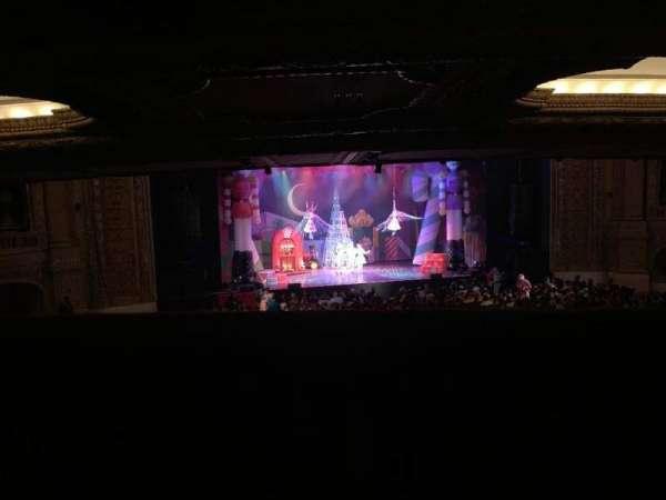 Chicago Theatre, Abschnitt: Box Q, Reihe: 1, Platz: 2