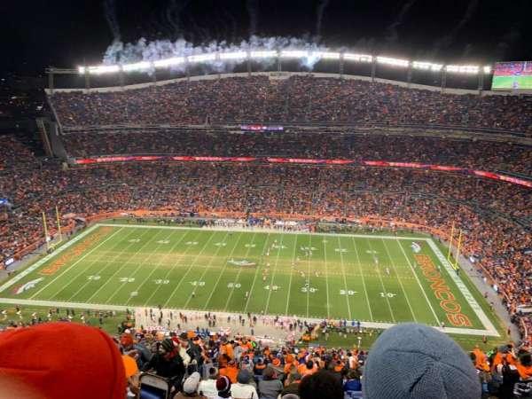 Broncos Stadium at Mile High, Abschnitt: 532, Reihe: 32, Platz: 14