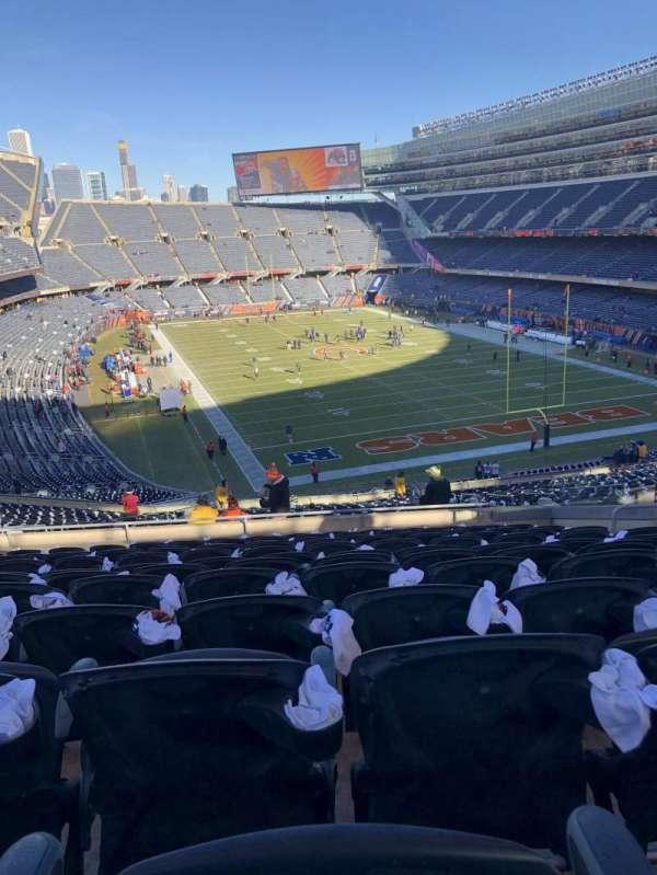 Soldier Field, Abschnitt: 335, Reihe: 12, Platz: 11