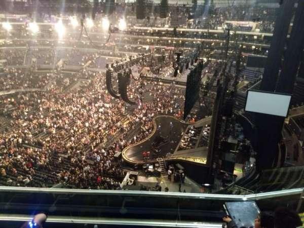 Staples Center, Abschnitt: 332, Reihe: 6, Platz: 10