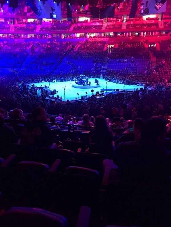 Bridgestone Arena, Abschnitt: 106, Reihe: E, Platz: 9