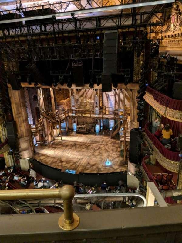 CIBC Theatre, Abschnitt: Balcony R, Reihe: B, Platz: 2