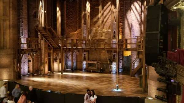 CIBC Theatre, Abschnitt: DRCR-R, Reihe: A, Platz: 12