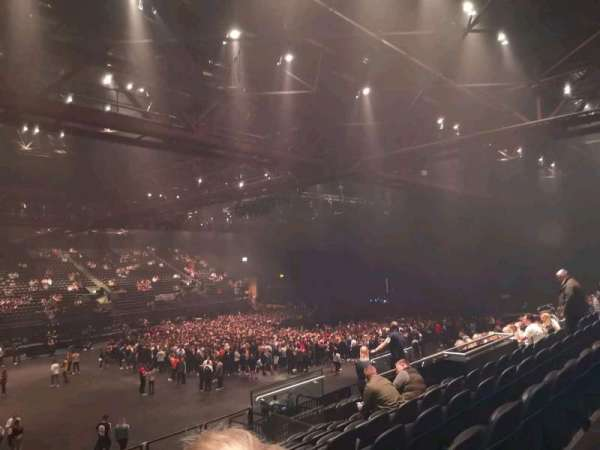 Resorts World Arena, Abschnitt: 4, Reihe: Q, Platz: 92