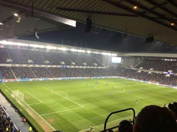 Ibrox Stadium, Abschnitt: Club Deck 7, Reihe: E, Platz: 0318