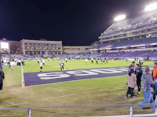Amon G. Carter Stadium, Abschnitt: 118, Reihe: B, Platz: 7