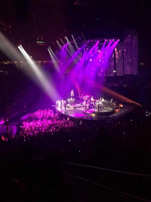 T-Mobile Arena, Abschnitt: 16, Reihe: S, Platz: 22