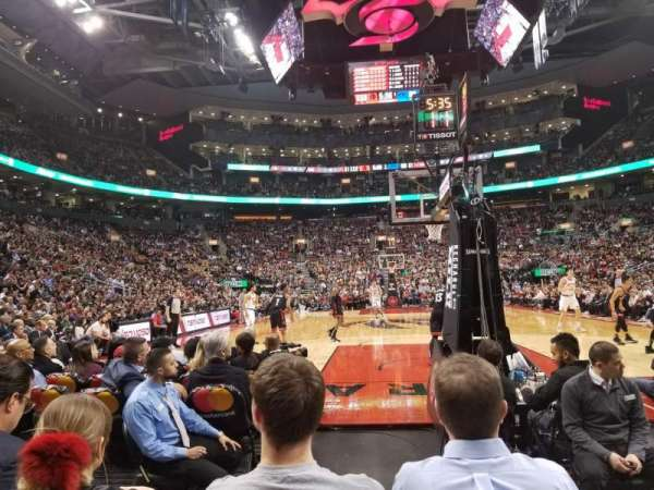 Scotiabank Arena, Abschnitt: 114, Reihe: D, Platz: 1,2
