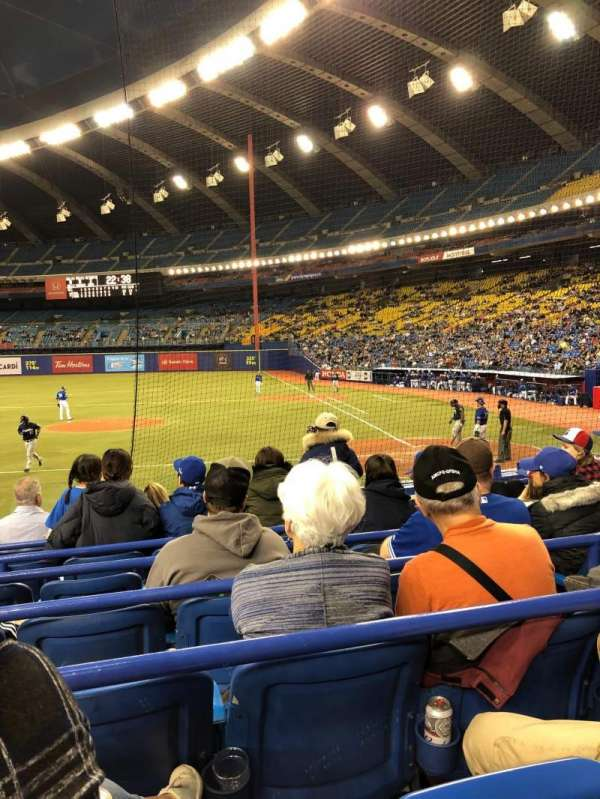 Olympic Stadium, Montreal, Abschnitt: 106, Reihe: MM, Platz: 11