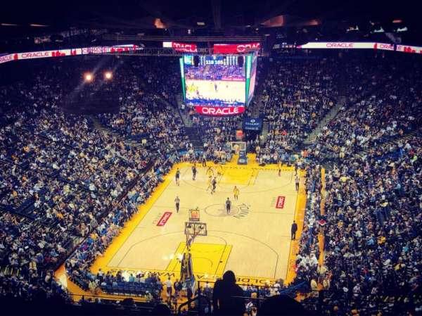 Oakland Arena, Abschnitt: 208, Reihe: 16, Platz: 1