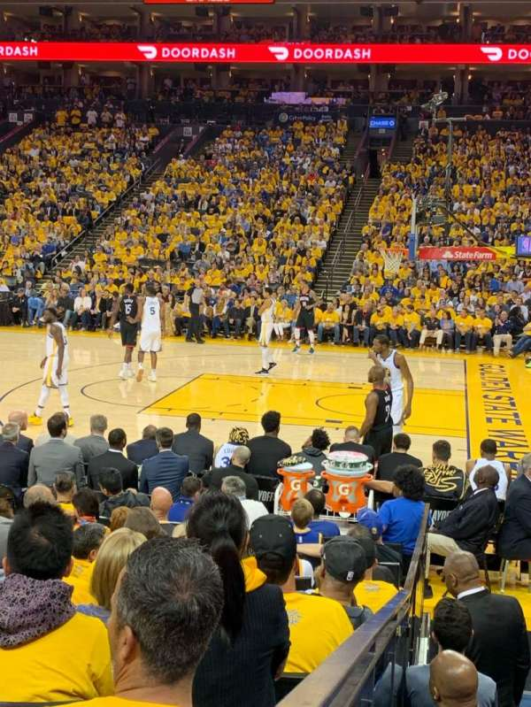 Oakland Arena, Abschnitt: 127, Reihe: 7, Platz: 9