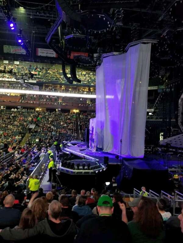 Nationwide Arena, Abschnitt: 102, Reihe: N, Platz: 6