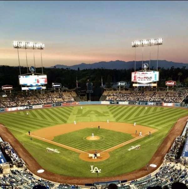 Dodger Stadium , Abschnitt: 1RS, Reihe: K, Platz: 14