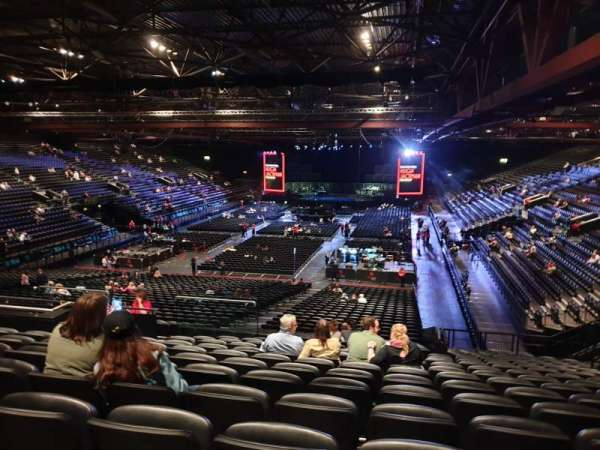 Resorts World Arena, Abschnitt: 8, Reihe: ZA, Platz: 242