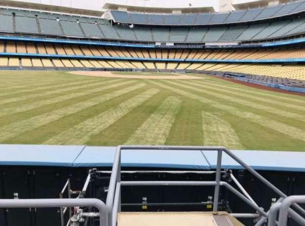 Dodger Stadium, Abschnitt: 305PL, Reihe: C, Platz: 1