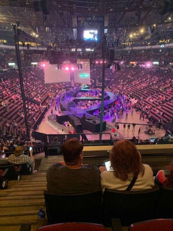 US Bank Arena, Abschnitt: 221, Reihe: H, Platz: 1