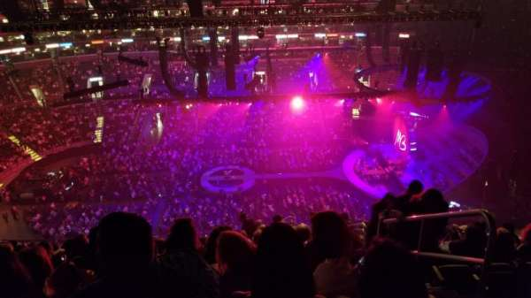 Staples Center, Abschnitt: 301, Reihe: 14, Platz: 2