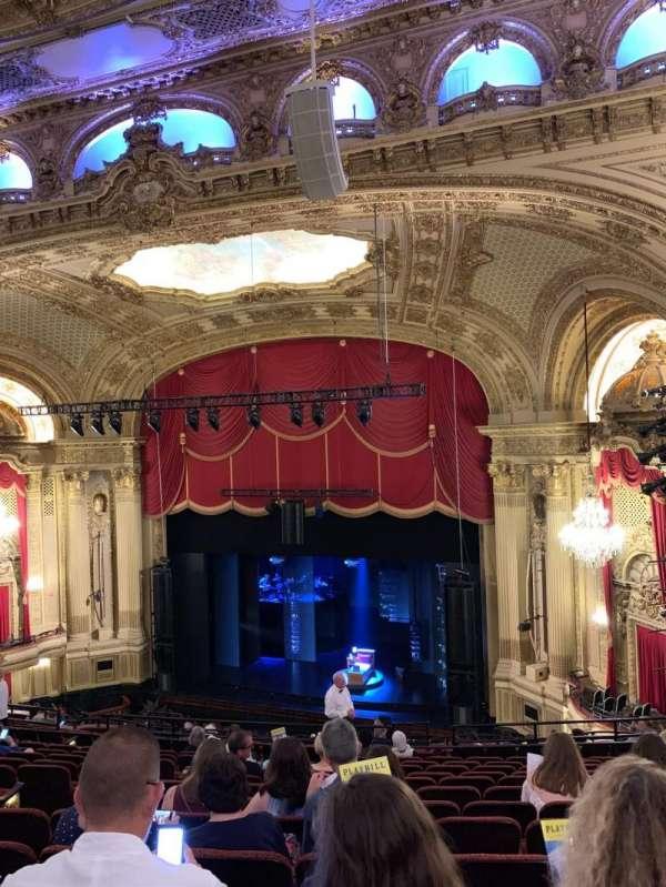 Citizens Bank Opera House, Abschnitt: Right Mezzanine, Reihe: M, Platz: 14