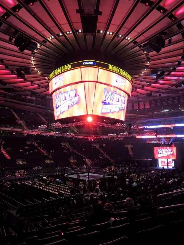 Madison Square Garden, Abschnitt: 105, Reihe: 11, Platz: 9-10