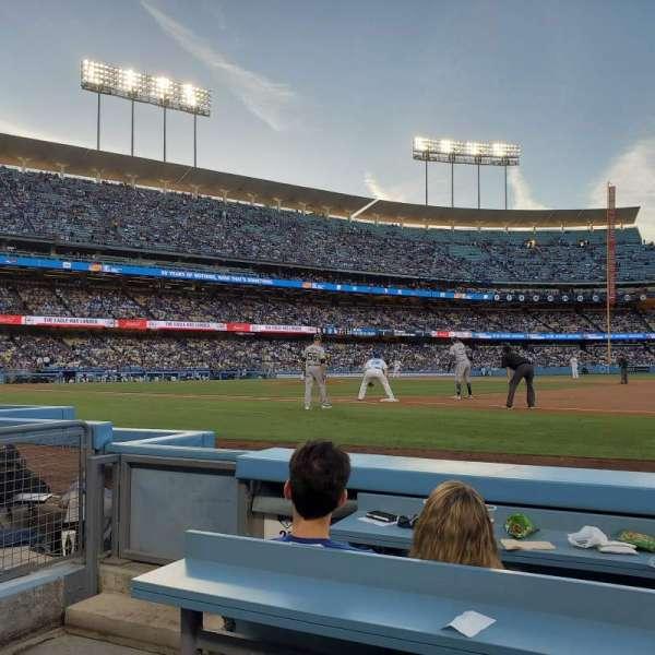 Dodger Stadium , Abschnitt: 26BL, Reihe: 3, Platz: 1