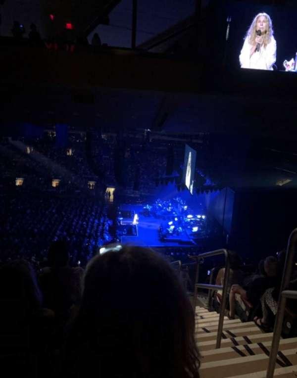 Madison Square Garden, Abschnitt: 212, Reihe: 17, Platz: 19