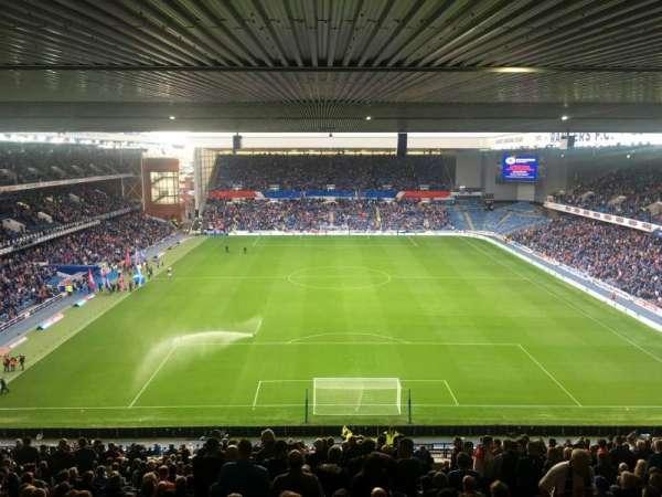 Ibrox Stadium, Abschnitt: CR3, Reihe: EE, Platz: 89