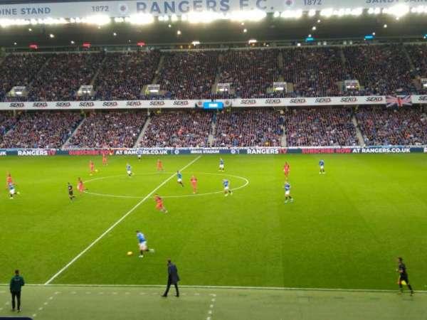 Ibrox Stadium, Abschnitt: Mfk, Reihe: H, Platz: 134